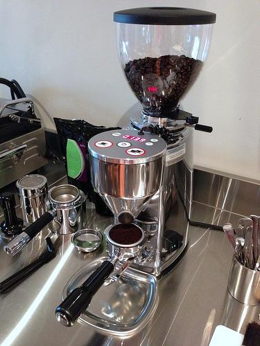 Máy xay cafe chuyên nghiệp mazzer super jolly electronic