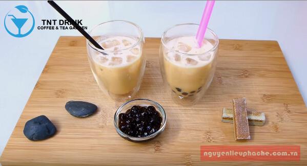 cách làm trà sữa tại nhà uống là nghiền 2